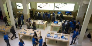 Customers buy Apple's new iPhone 5 smart