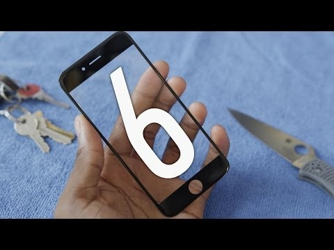 watch-how-the-iphone-6-sapphire-crystal-display-holds-up-in-this-scratch-and-bending-test