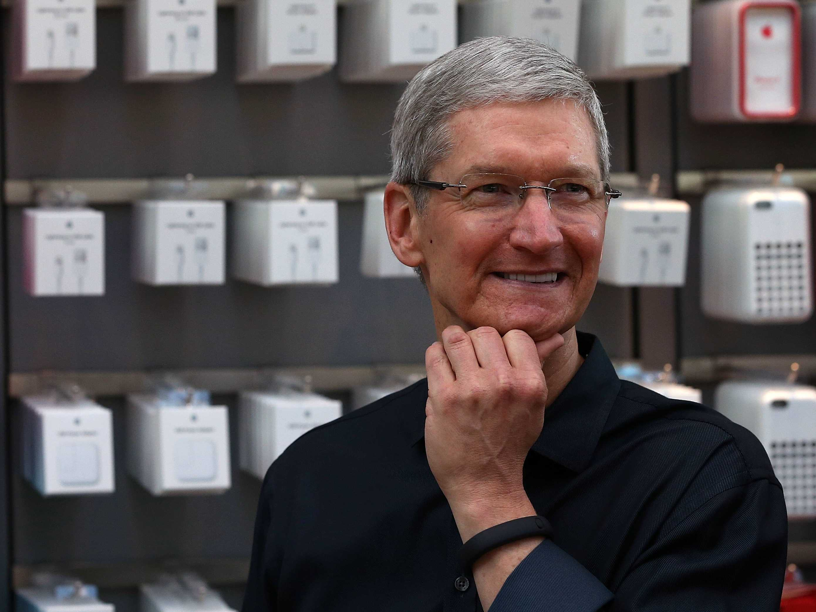 tim-cook-has-a-somewhat-baffling-answer-when-asked-about-apple-doing-new-product-categories-this-year