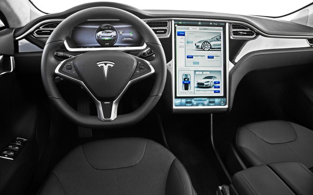 Tesla Interiér - svetapple.sk
