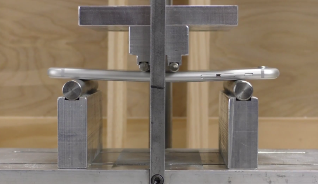 iphone-6-plus-bend-test-video