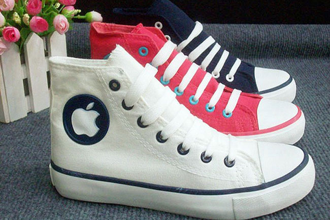 952b0147bce247-fake-apple-sneakers-1