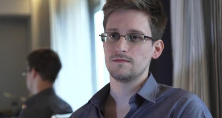 Edward Snowden - svetapple.sk