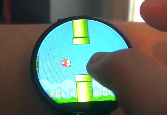Flappy Bird na Motorolle 360 - svetapple.sk