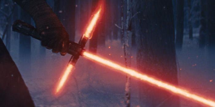 Meč, ktorý navrhol Johny Ive (screenshot s traileru) - svetapple.sk