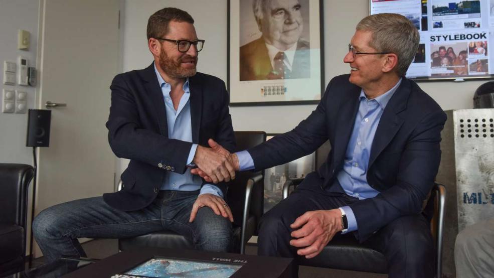Tim Cook a jeho hodinky Apple Watch - svetapple.sk