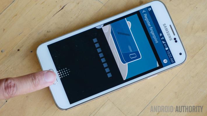 Samsung Galaxy S6 má problémy s displejom!