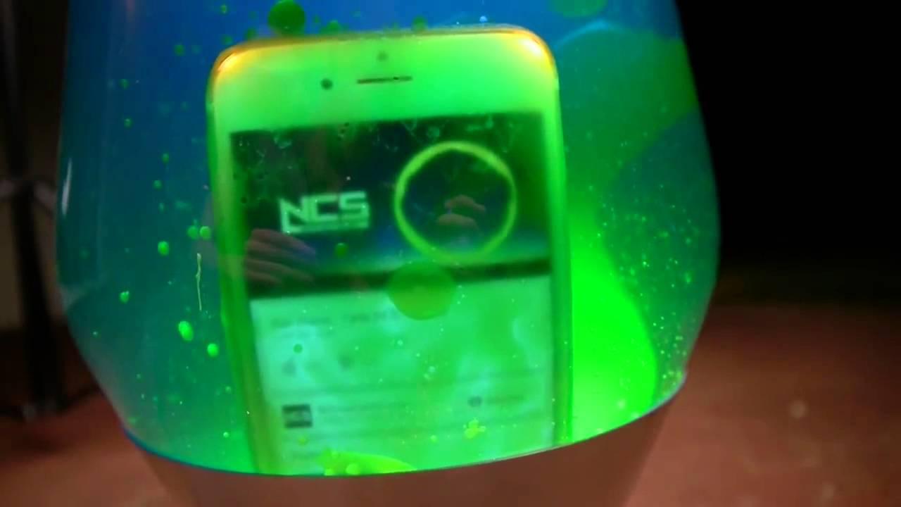 iPhone 6 vs. Lávová lampa - svetapple.sk