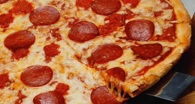 Pizza - svetapple.sk