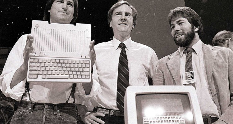 Steve Jobs, John Sculley a Steve Wozniak - svetapple.sk