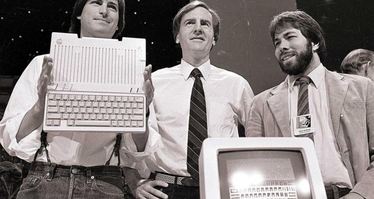 Steve Jobs, John Sculley a Steve Wozniak - svetapple.sk