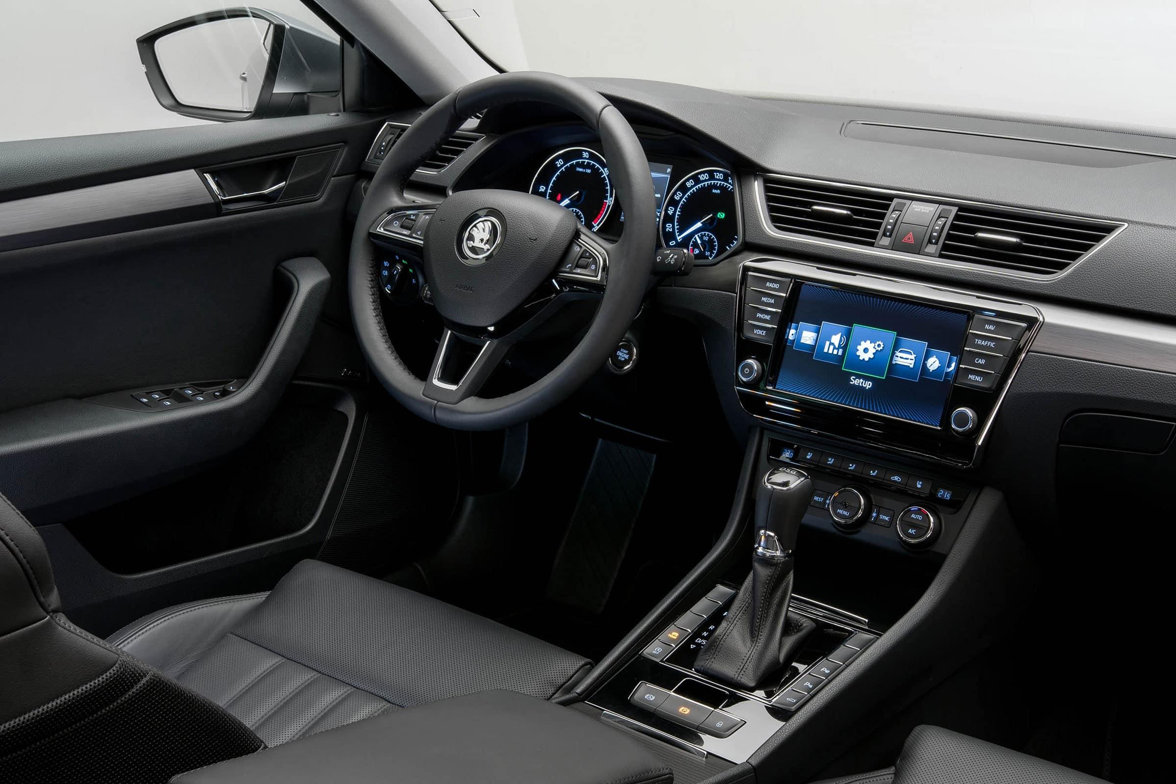 Škoda Superb 2015 - svetapple.sk