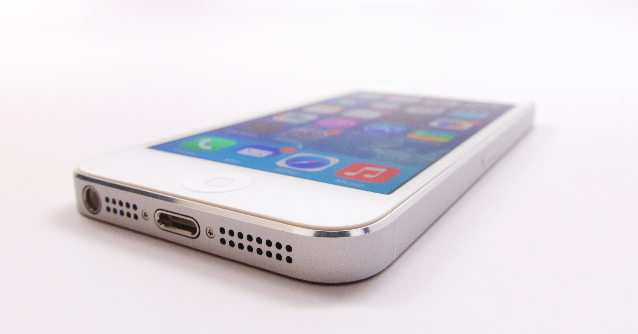 Gazelle-Certified-Reviews-iPhone-5-3