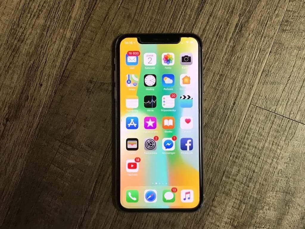 iPhone X je perfektný produkt, no jeho cenovka presahuje aj to, čo sme už na Apple považovali za veľa - svetapple.sk