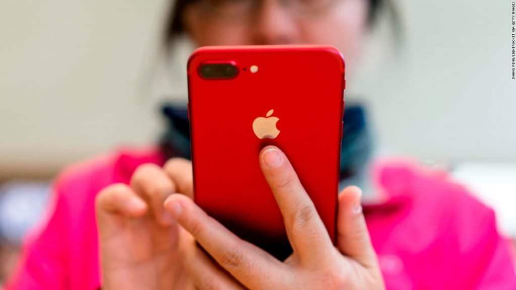 Apple chce presunúť až 30% svojej produkcie mimo Čínu.