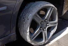 200 lightning káblov, na miesto pneumatiky. Čo sa stane? - svetapple.sk