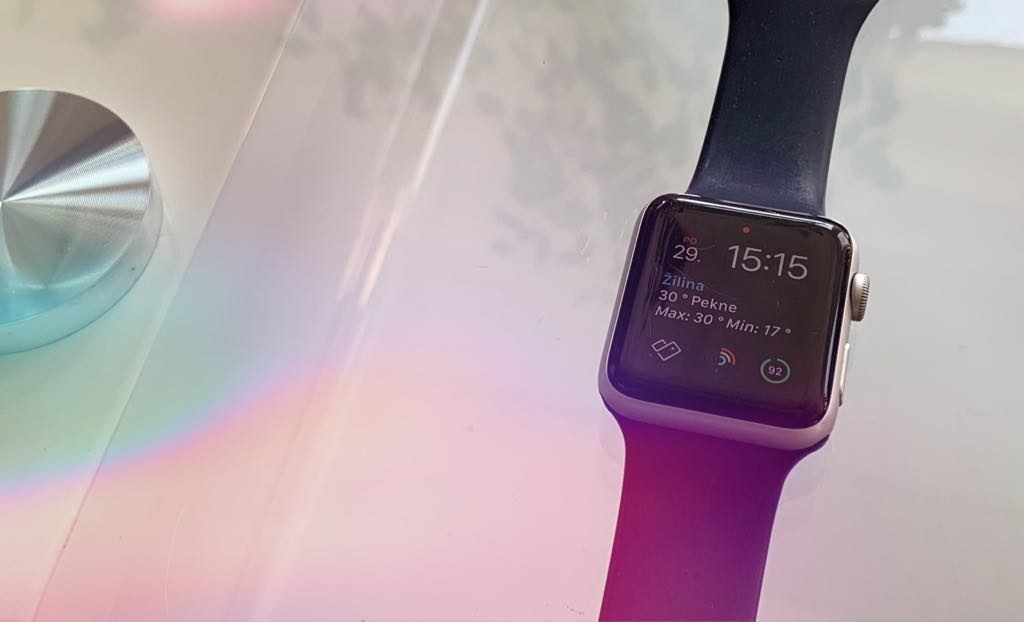 Apple Watch si samé zmenili heslo. Následne ma totálne odstavili.