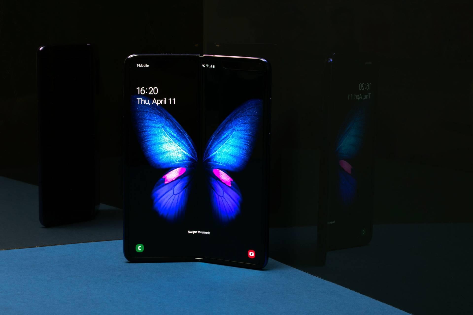 Samsung vám v novej reklame ukáže presný opak toho čo Apple pri reklamách na iPhone 11 a 11 Pro. - svetapple.sk
