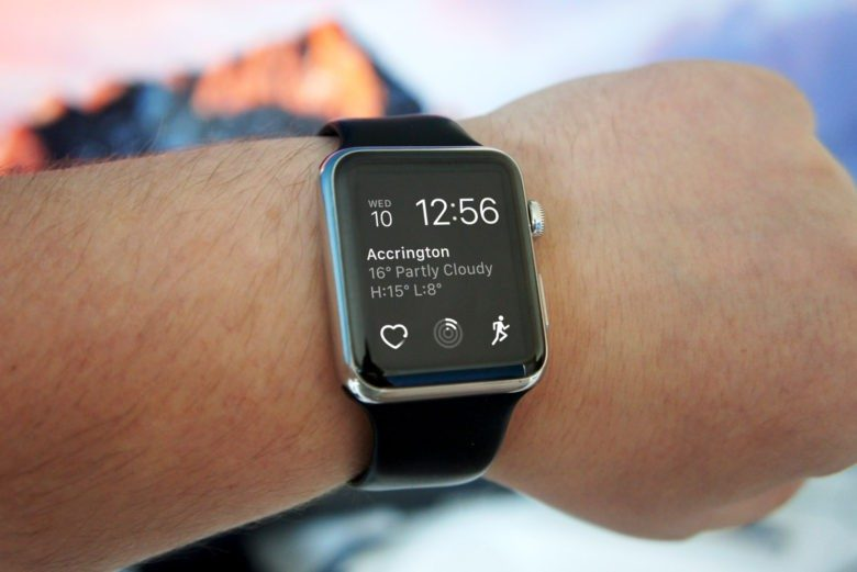 Apple myslí aj na majiteľov starších zariadení. Vydáva WatchOS 5.3.3. - svetapple.sk