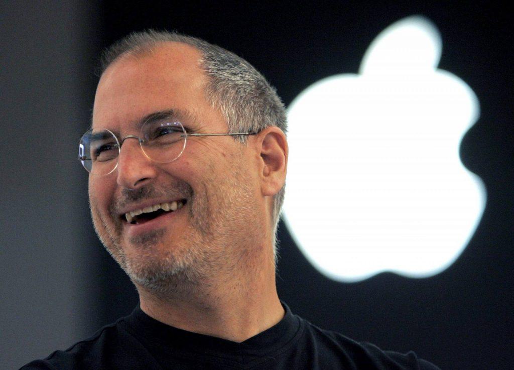 Cez víkend to bolo presne 8 rokov, čo nás navždy opustil Steve Jobs. Bol by so spoločnosťou dnes spokojný?