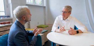 Tim Cook hovoril o lacnejšom iPhone 11, Apple TV+ a mnoho ďalšom... - svetapple.sk