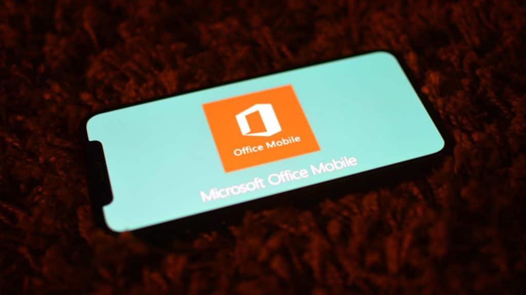 Nový Microsoft Office pre iOS a Android je tu. Nájdeme tu Word, Excel a PowerPoint.