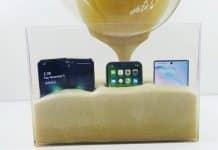 iPhone 11 vs Samsung Galaxy Fold vs Note 10 v najabsurdnejšom teste aký sme kedy videli.