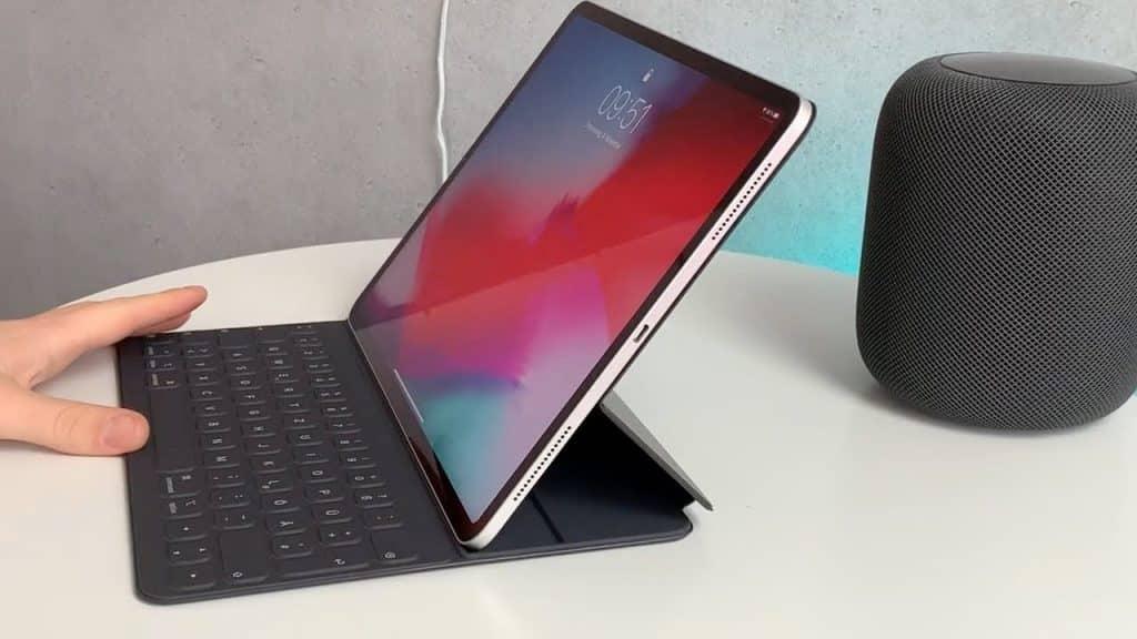 Nožnicová klávensica aj v obale pre iPad Pro 2020?