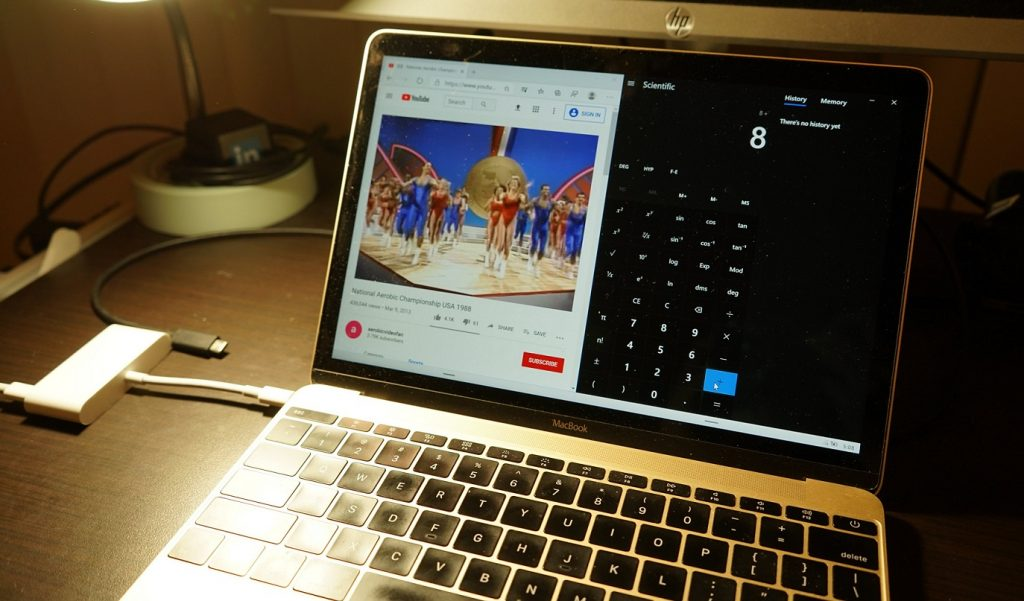 Windows 10X sa ešte ani neohrial a už sa ho podarilo nainštalovať na Mac!