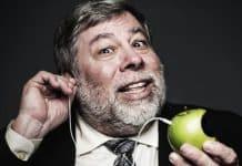 Spoluzakladateľ Apple, Steve Wozniak zarába 50$ týždenne z tejto firmy.