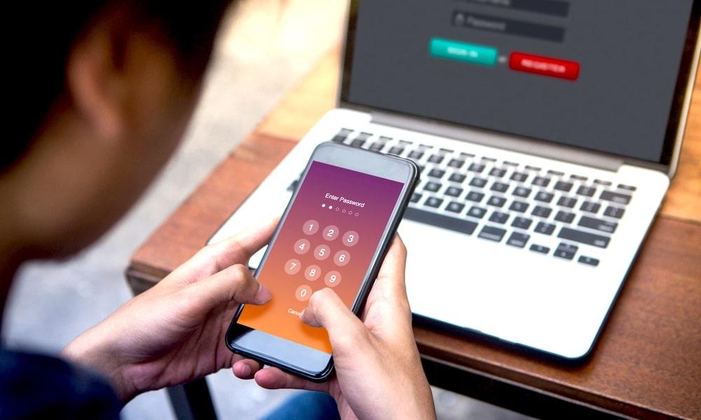 5 dôvodov, prečo by ste na iPhone mali používať alfanumerické heslo,