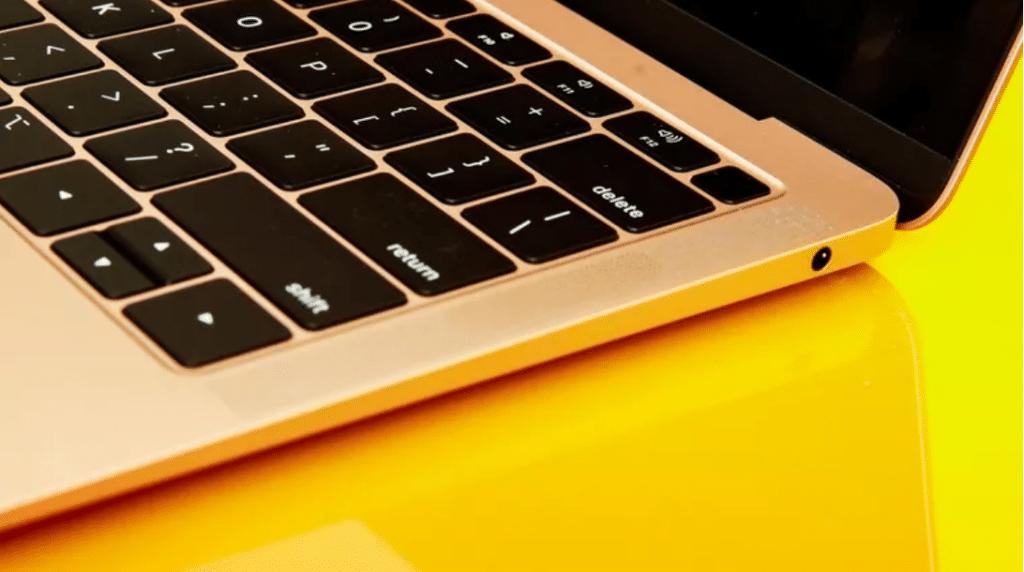 Apple predstavilo nový MacBook Air