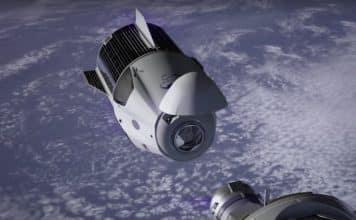 Naživo: Sledujte ako sa Crew Dragon pripojí k ISS!