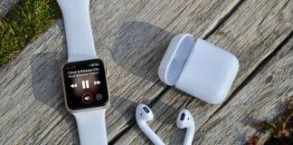 Apple si opäť udržalo nadradenosť v predajoch AirPods a Apple Watch!