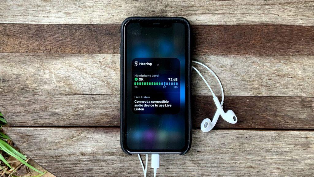 iOS 14 vám ochráni sluch. Môže za to nová, nenápadná funkcia.