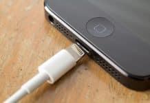 iPhone alebo iPad sa zrazu nechce nabíjať
