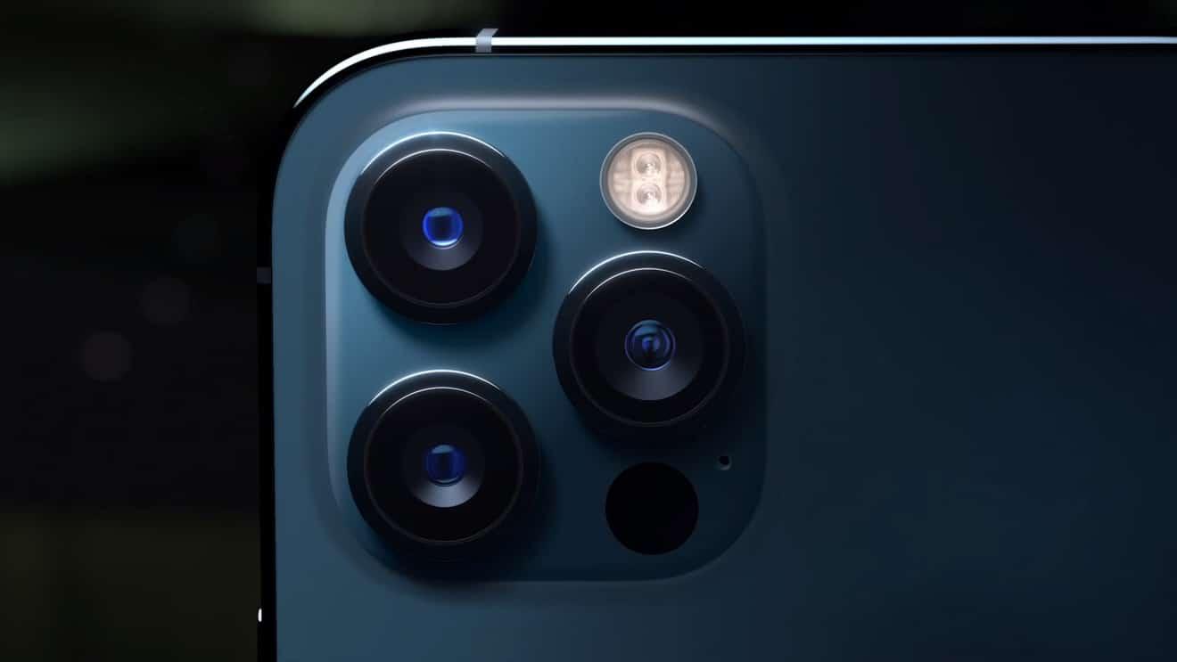 Porovnanie fotoaparátov iPhone 12 mini vs iPhone 12 vs ...