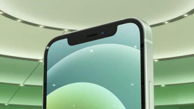 iPhone 12 a problémy s displejom