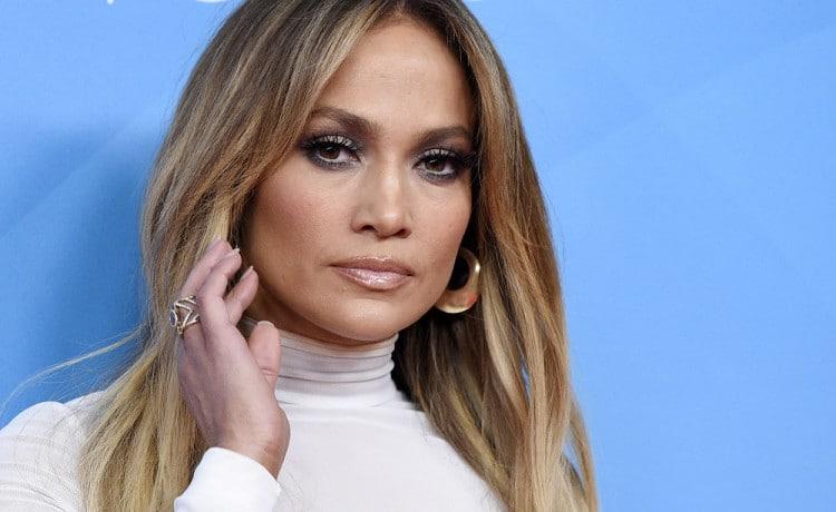 Patríte medzi fanúšikov Jennifer Lopez? V tom prípade sme si pre vás pripravili výber jej najlepších filmov, ktoré musíte vidieť.