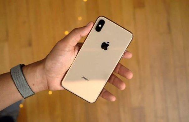 Kupujem iPhone cez bazoš