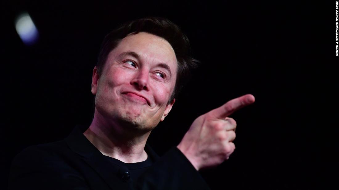 """Elon Musk získal nový titul - stal sa """"Technologický kráľ Tesly"""""""