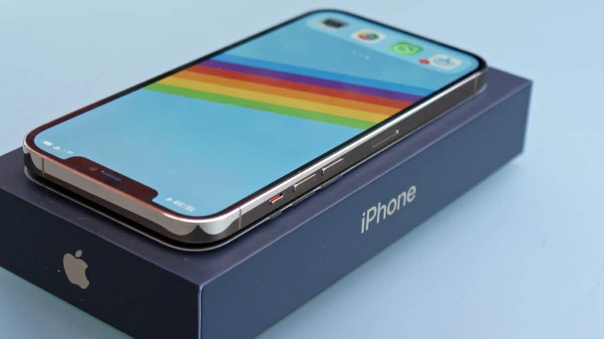 iPhone 12S príde v septembri 2021