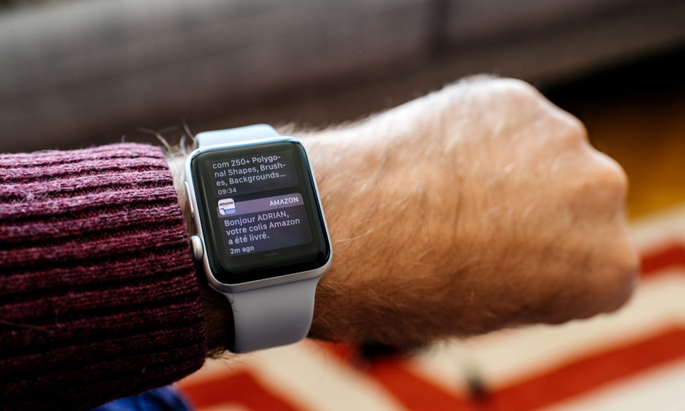 Apple Watch upozornenia