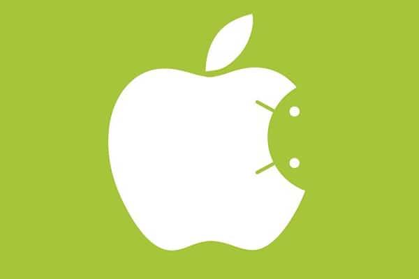 iPhone s Androidom? Znie to bláznivo, no Apple na ňom pracuje!