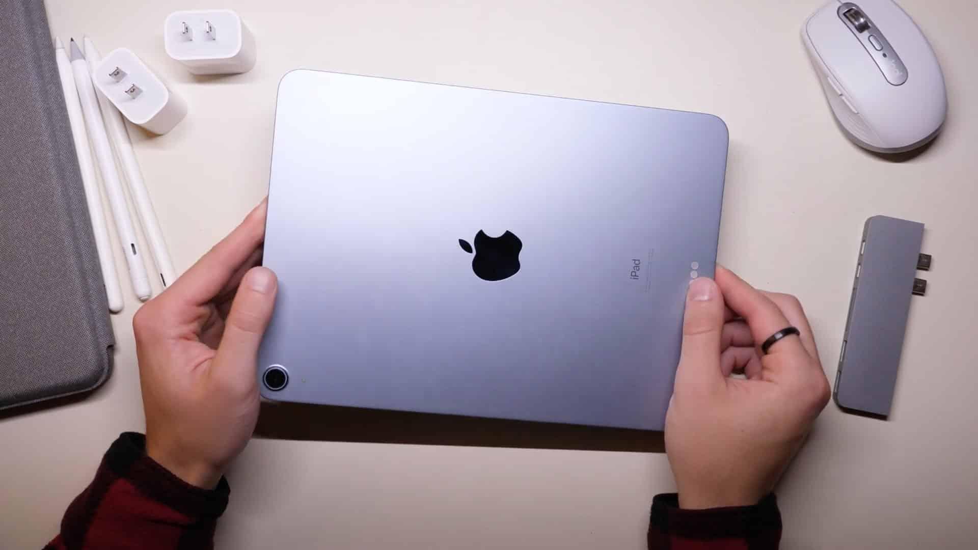 iPad titan